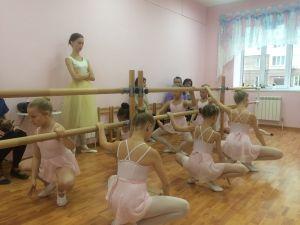 Открытый урок по классическому танцу.